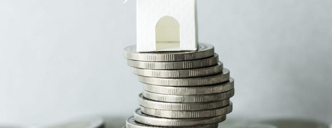 cuando se acepta una herencia, también se aceptan las deudas contraídas por la persona fallecida. Uno de los casos más comunes es la herencia de una vivienda con hipoteca.